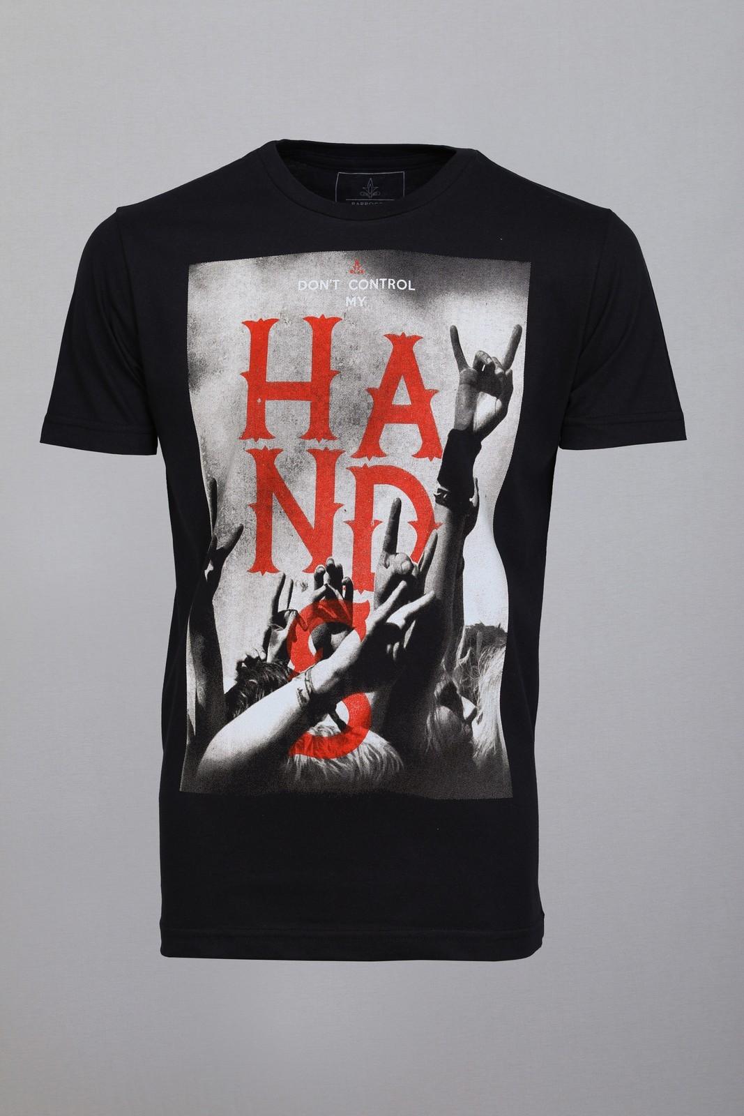 Camiseta Barrocco Hands Preta
