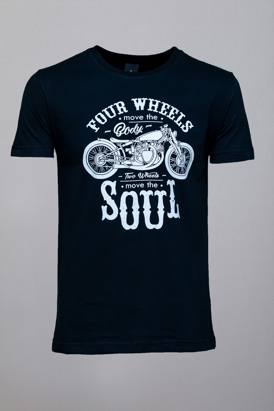 Camiseta CoolWave Move Your Soul Preta