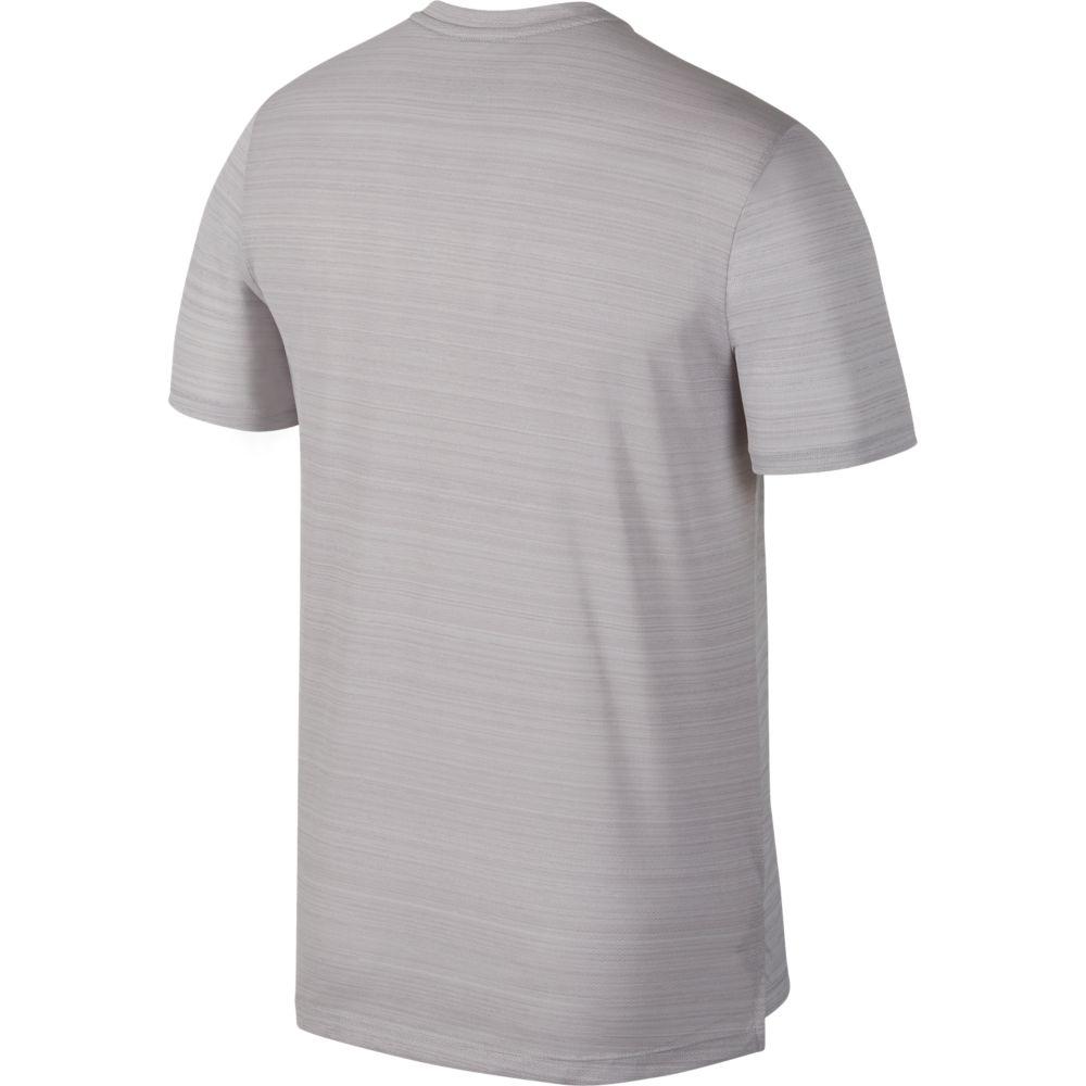 Camiseta Nike DRY Miler TOP SS Atmosphere GREY