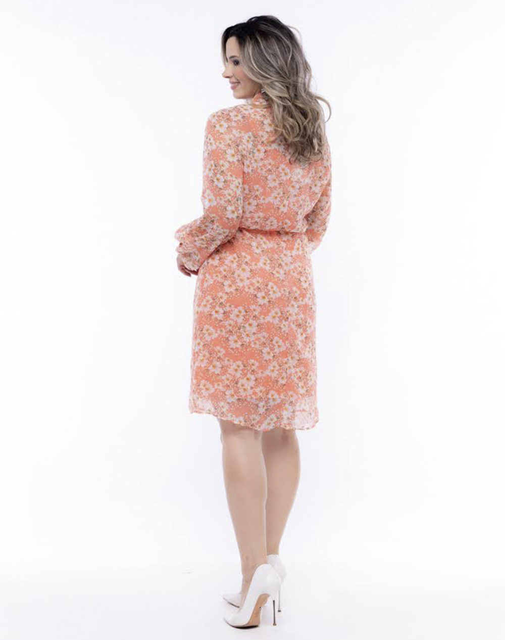 vestido em crepe floral, modelagem em A