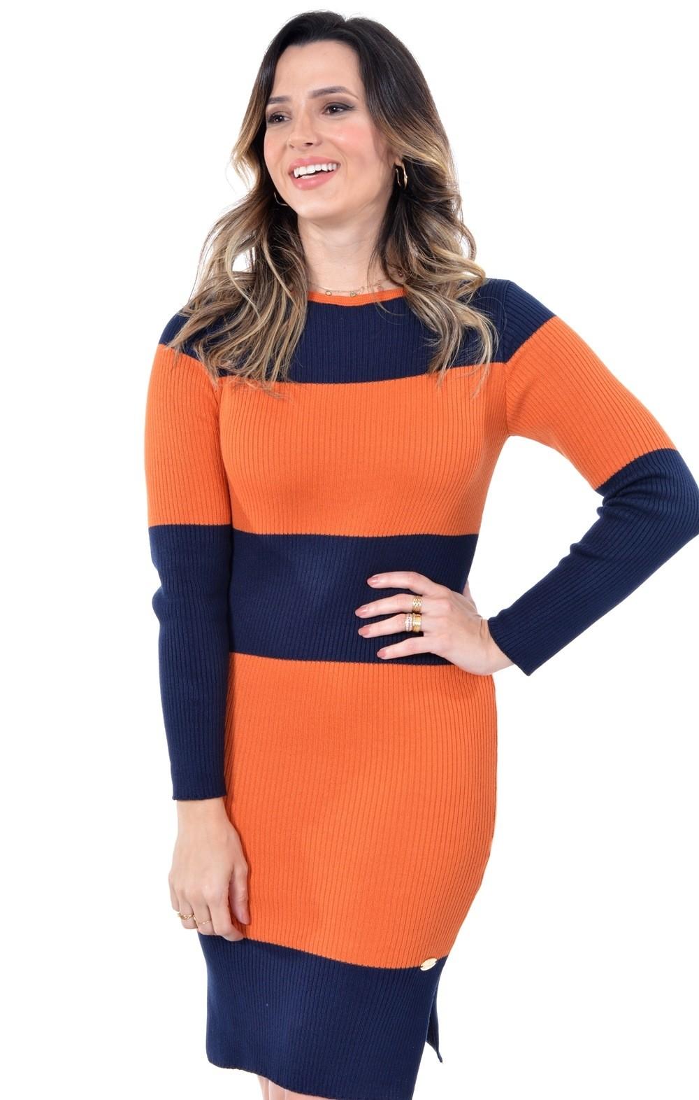 vestido em tricô bicolor
