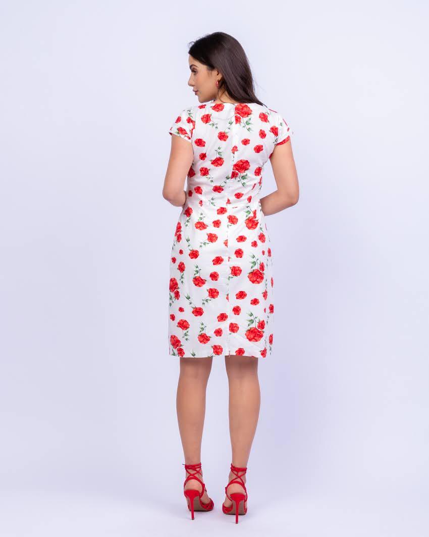 Vestido em Tricoline Estampa Floral