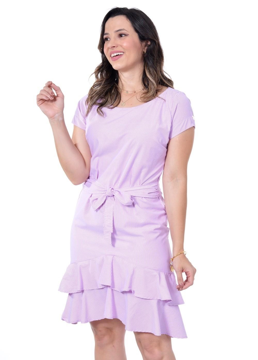 vestido em tricoline listrada, modelagem solta
