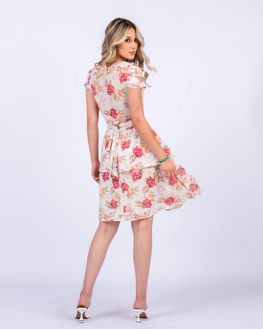 Vestido em Tule Floral