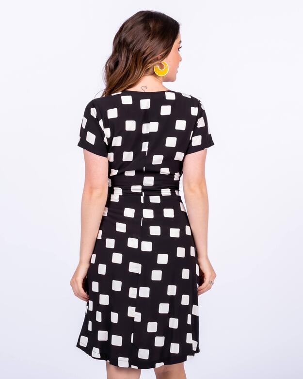 Vestido em Viscose Geométrica