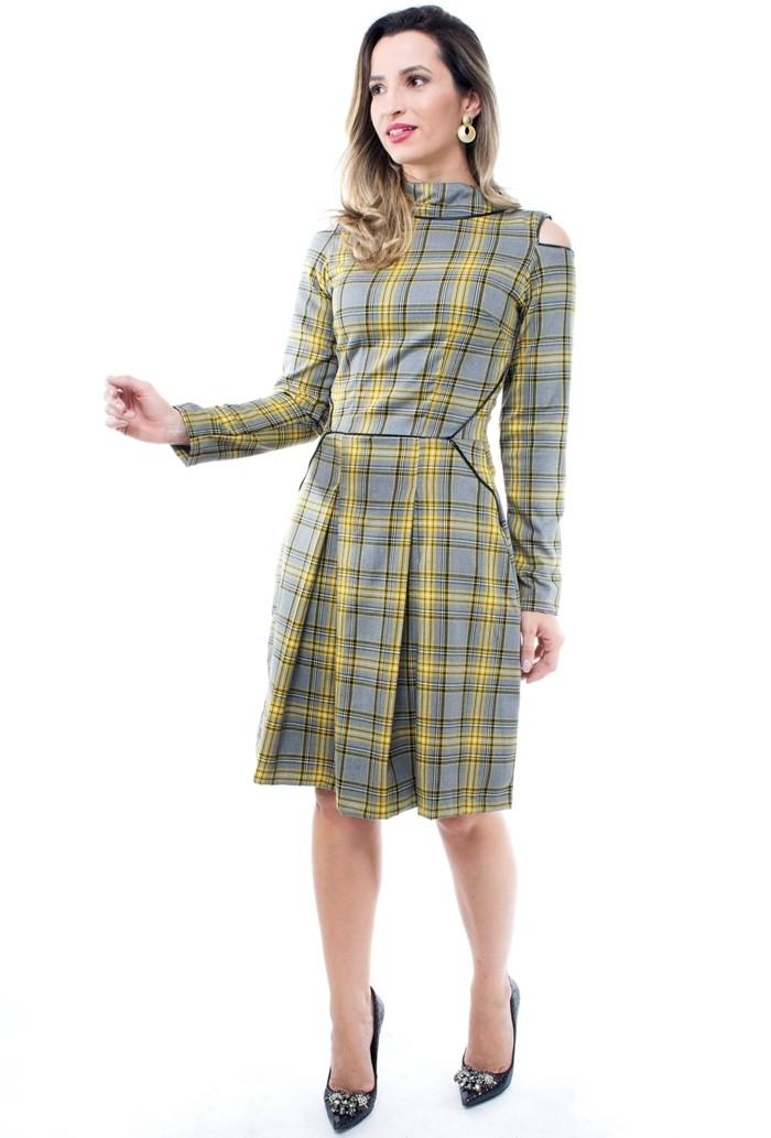 vestido xadrez, modelagem estilo lady like