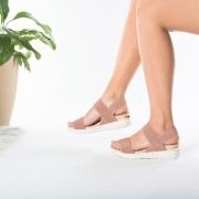 Sandália anatômica Modare 7151-102 NUDE