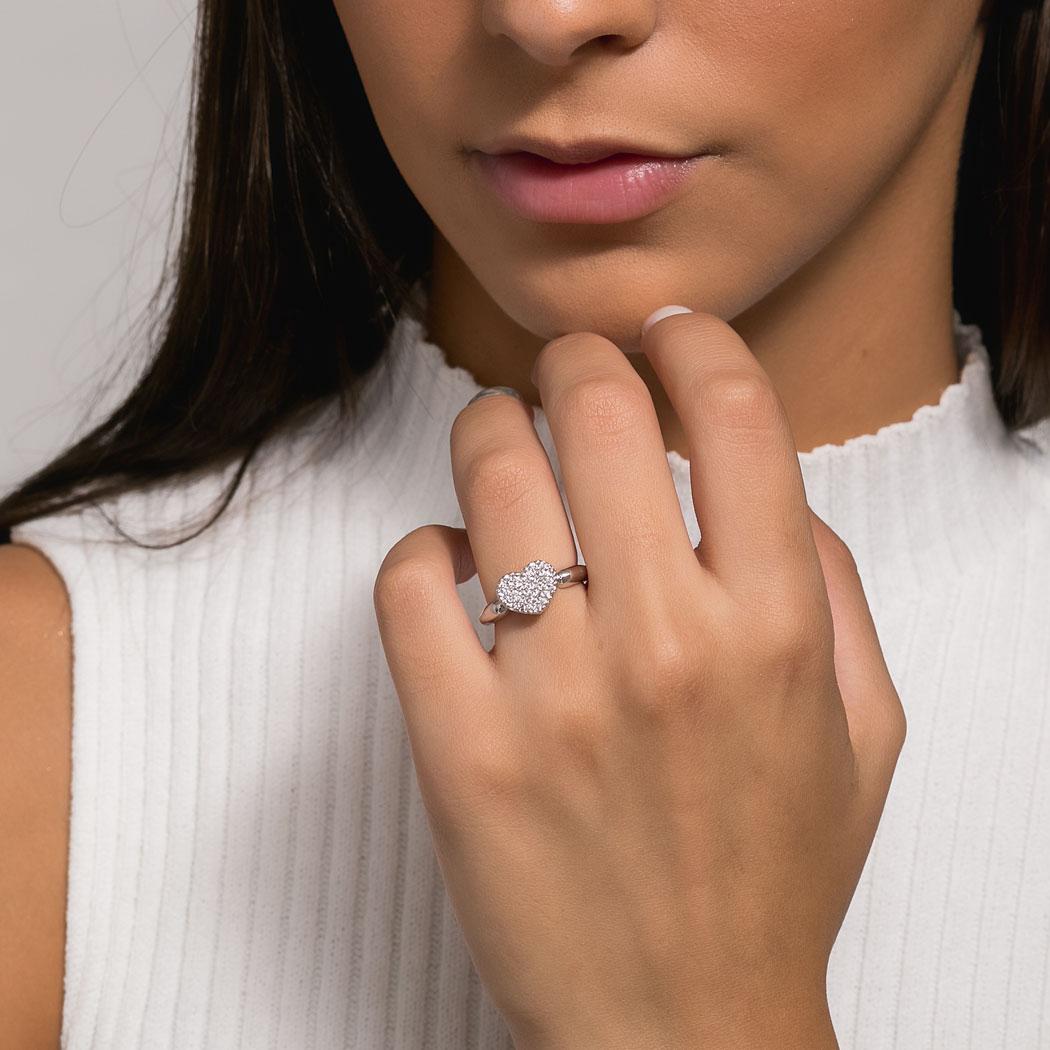 anel coração zircônias ródio claro