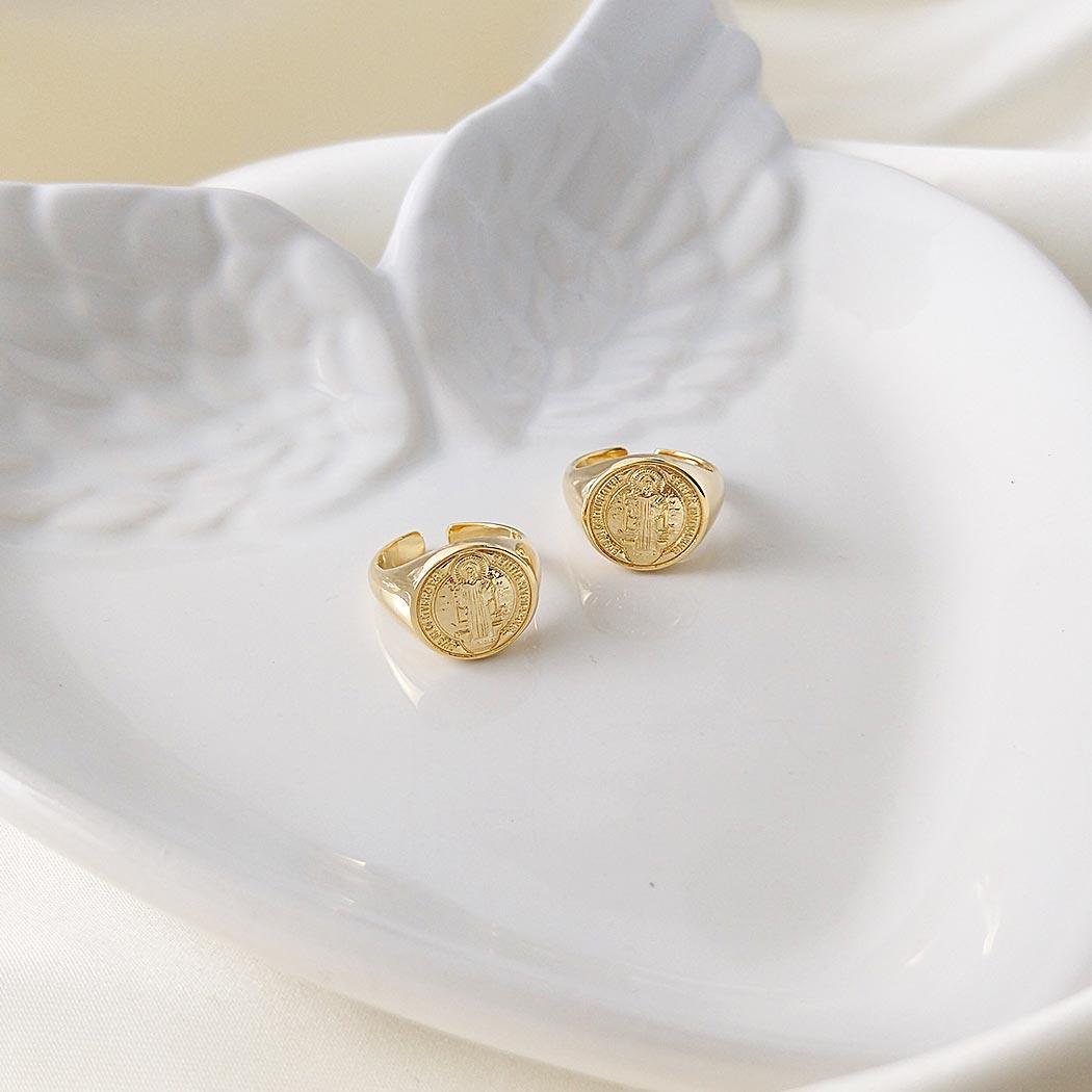 anel dedinho Daiany Hank São Bento regulável dourado