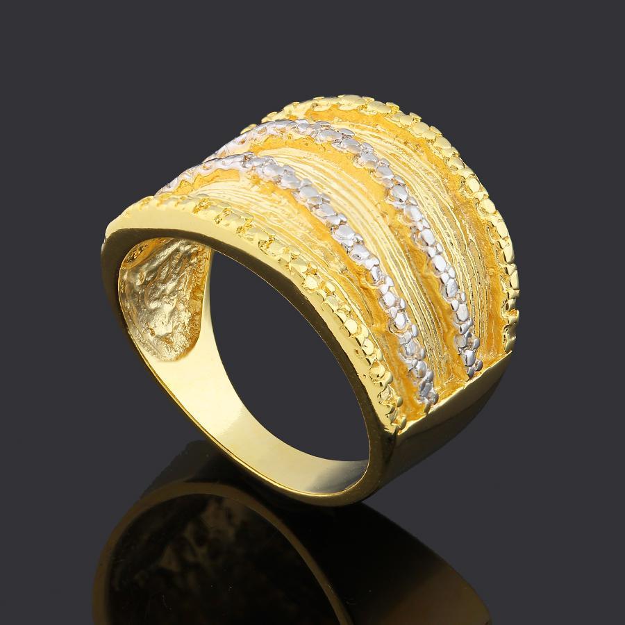 anel largo faixas dourado