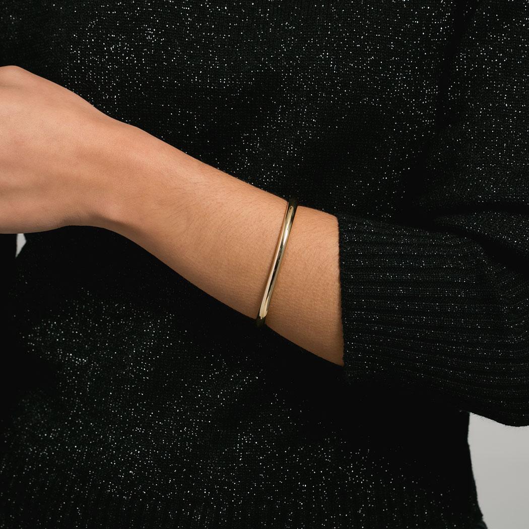 bracelete rígido liso dourado