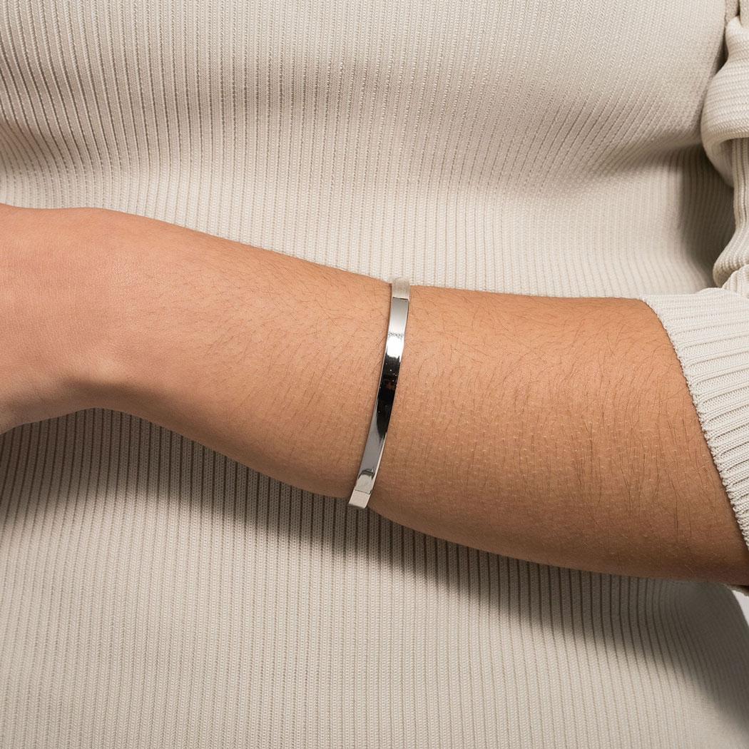 bracelete rígido tubo retangular ródio claro