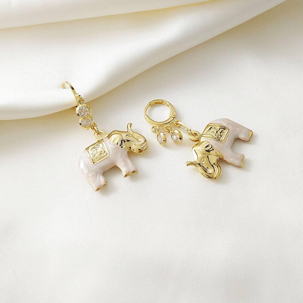 brinco argola istambul elefante dourado