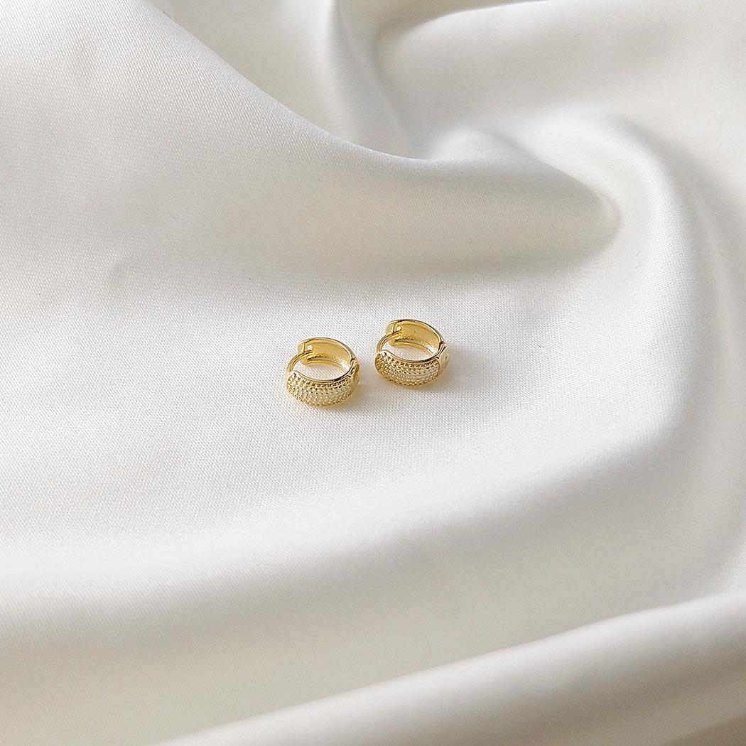brinco argola italiana bolas 9 mm dourada
