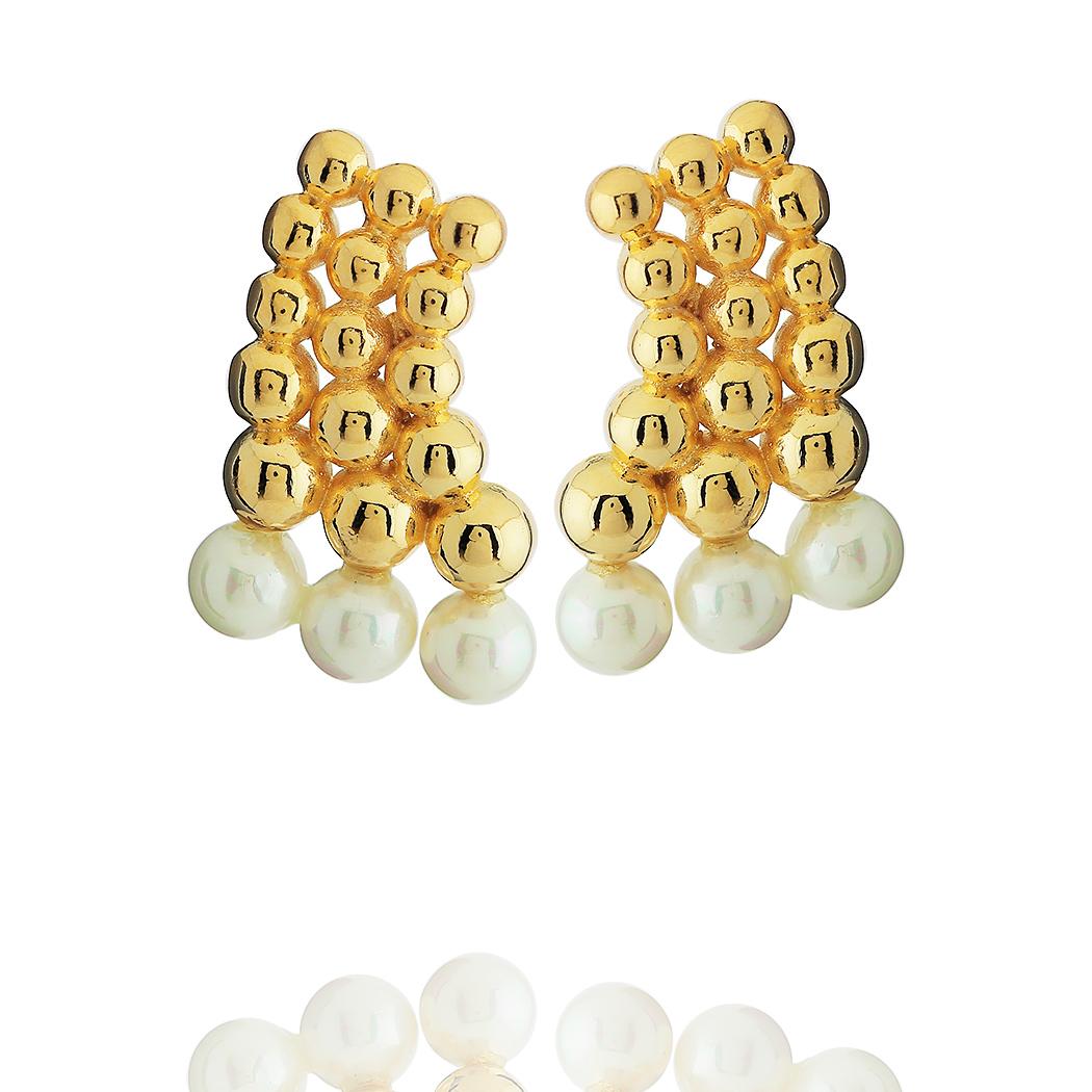 brinco bolas pérolas shell dourado