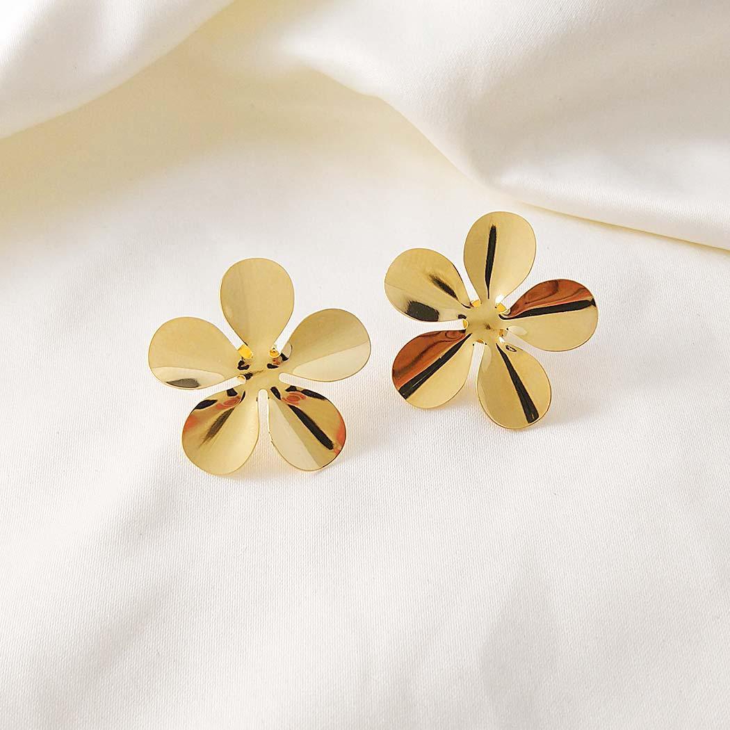brinco daiany hank flor lisa dourado