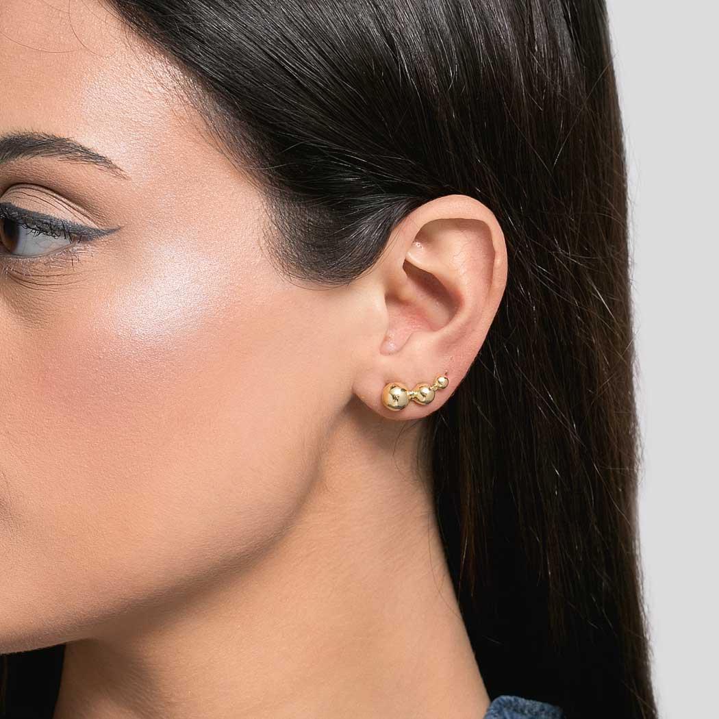brinco ear cuff bolas dourado