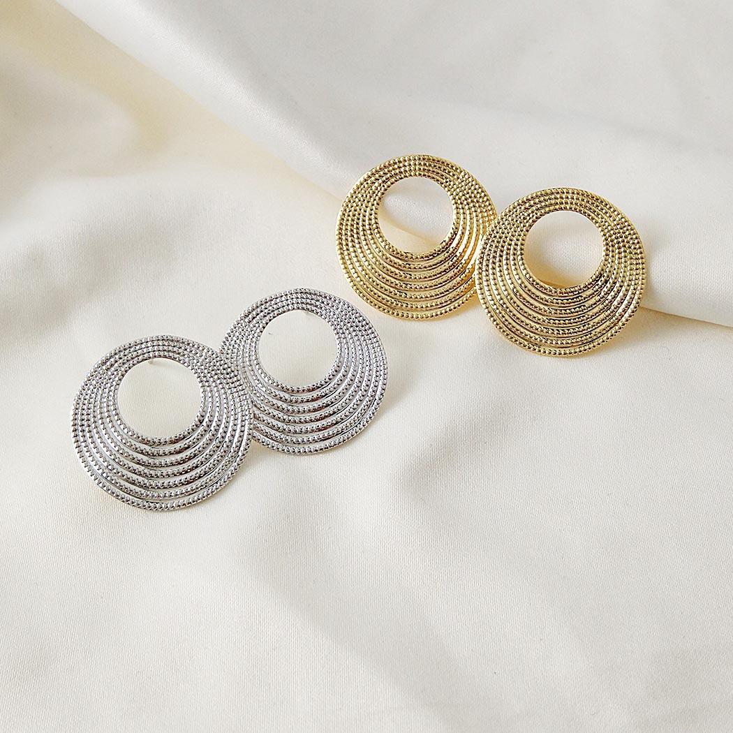 brinco formas circular ondas ródio claro