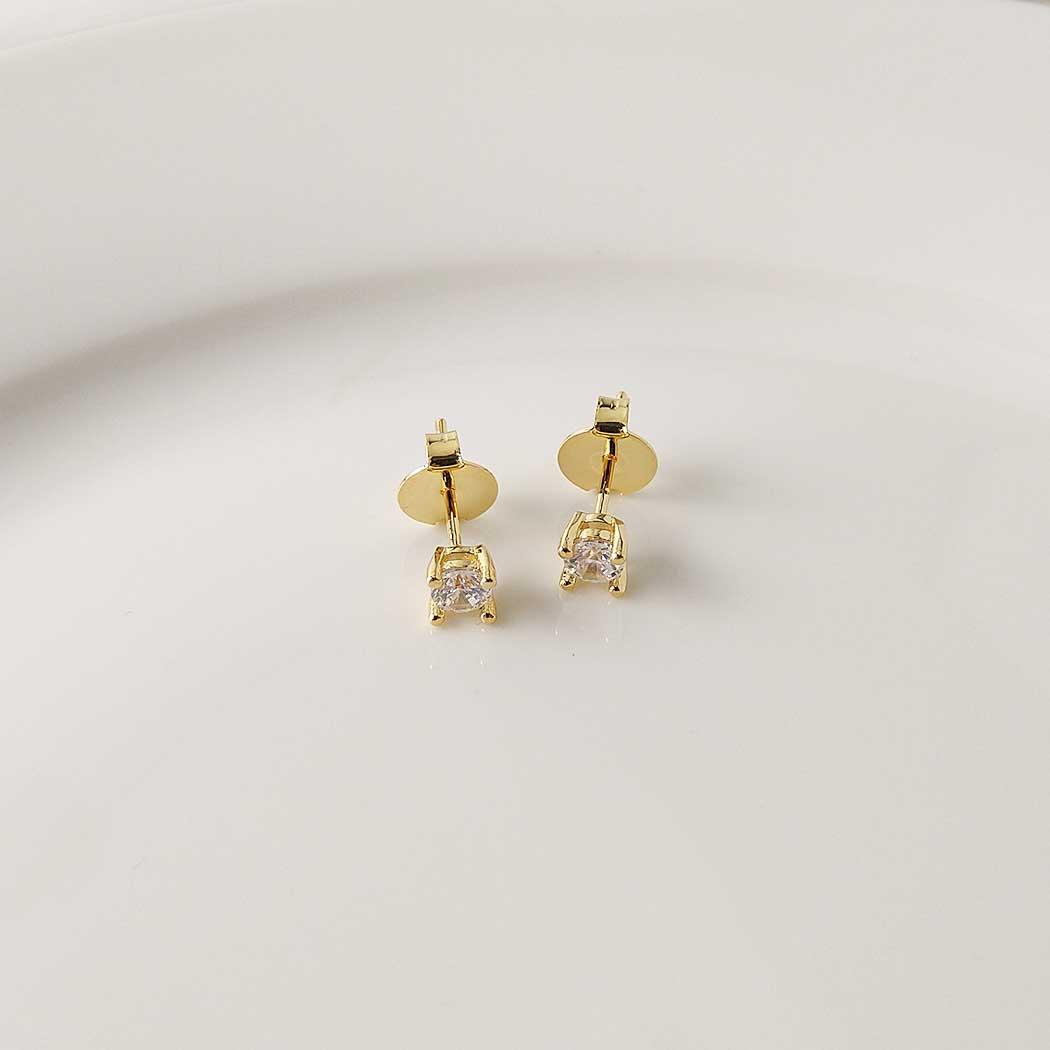 brinco solitário grande zircônia 4 mm dourado