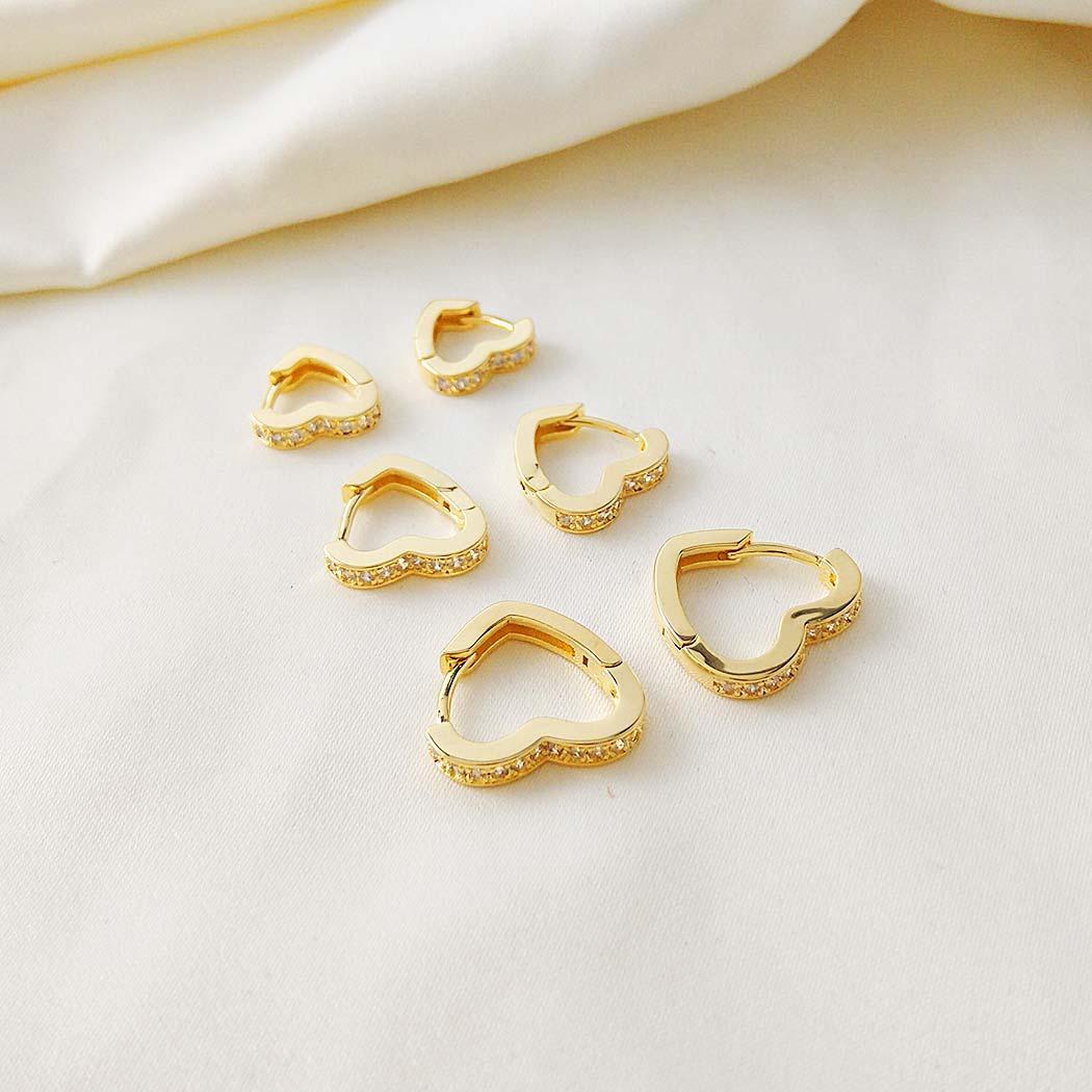 brinco trio daiany hank argolas coração cravejadas dourado