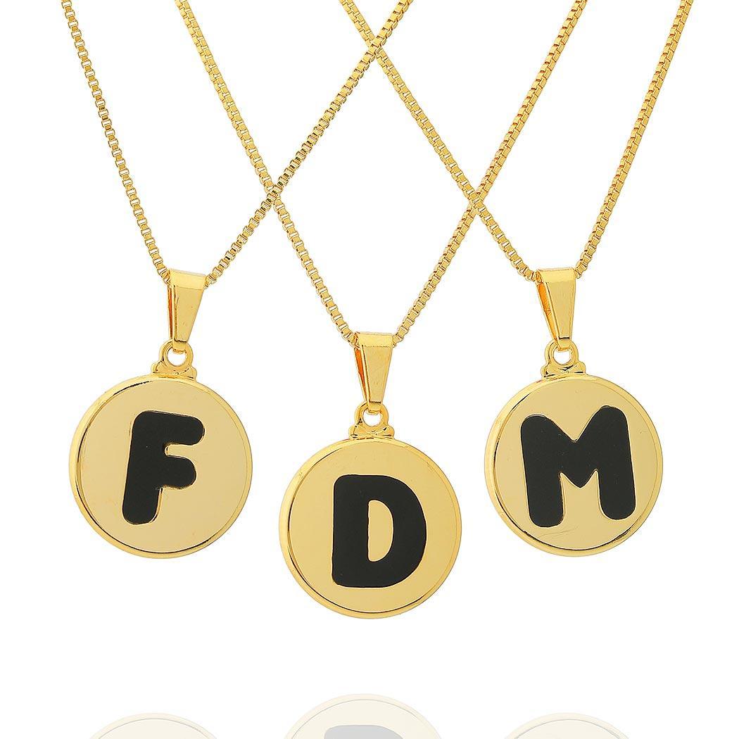 colar de letra redondo esmaltado dourado