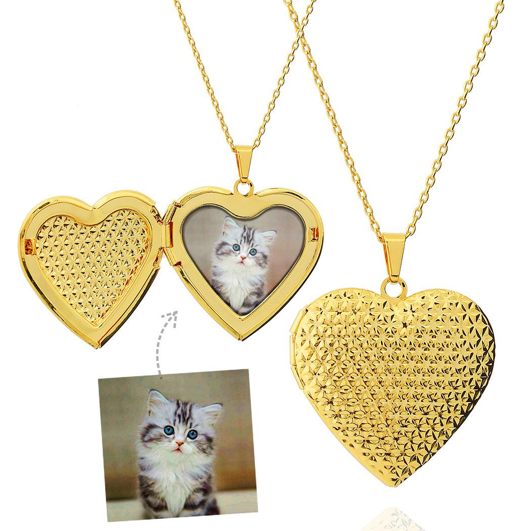 colar relicário coração grande triangulado foto dourado