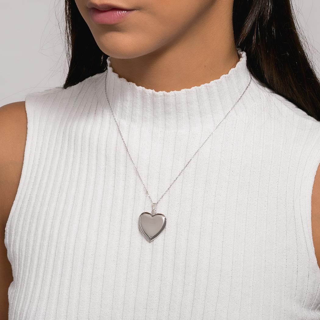 colar relicário foto coração liso ródio claro