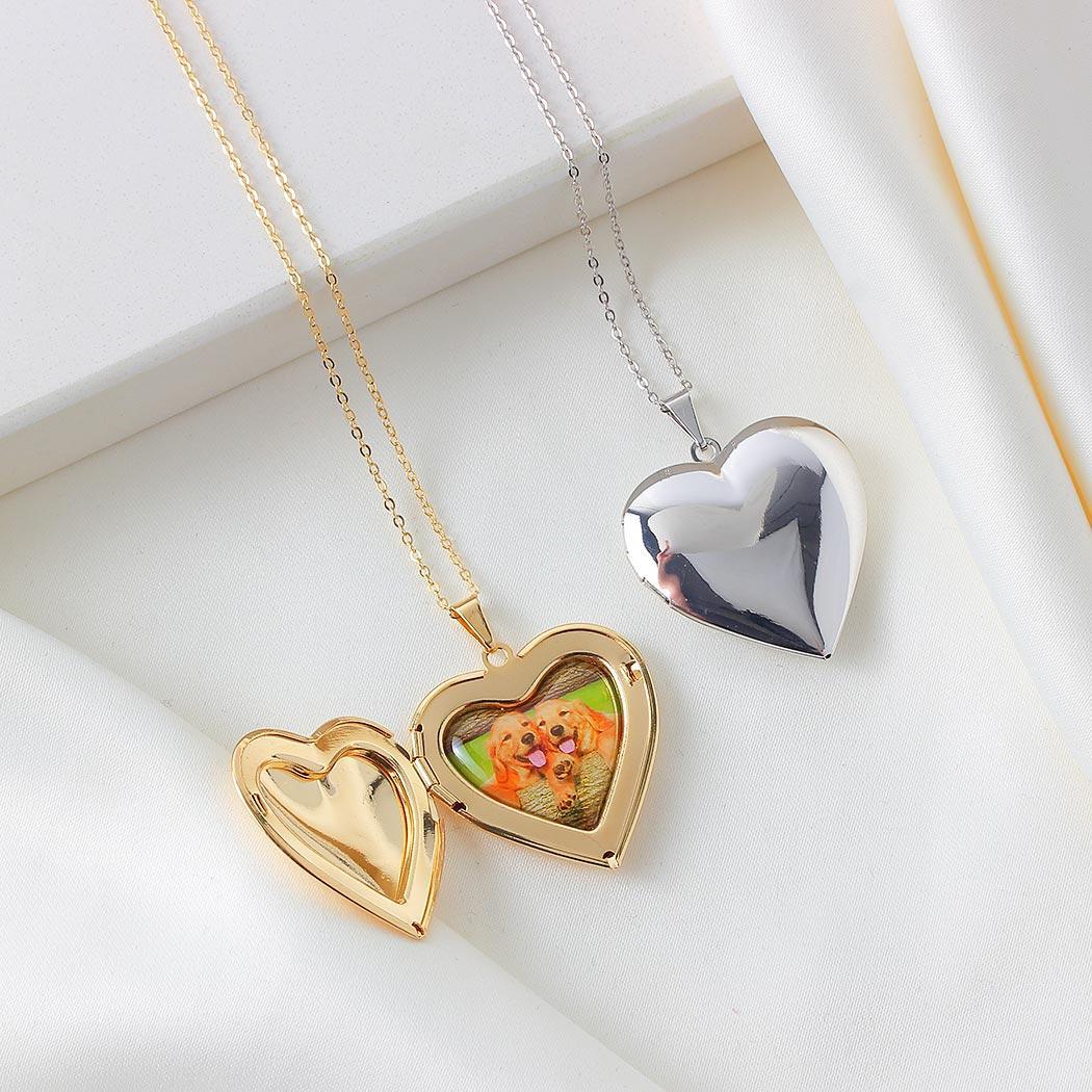 colar relicário foto coração liso dourado