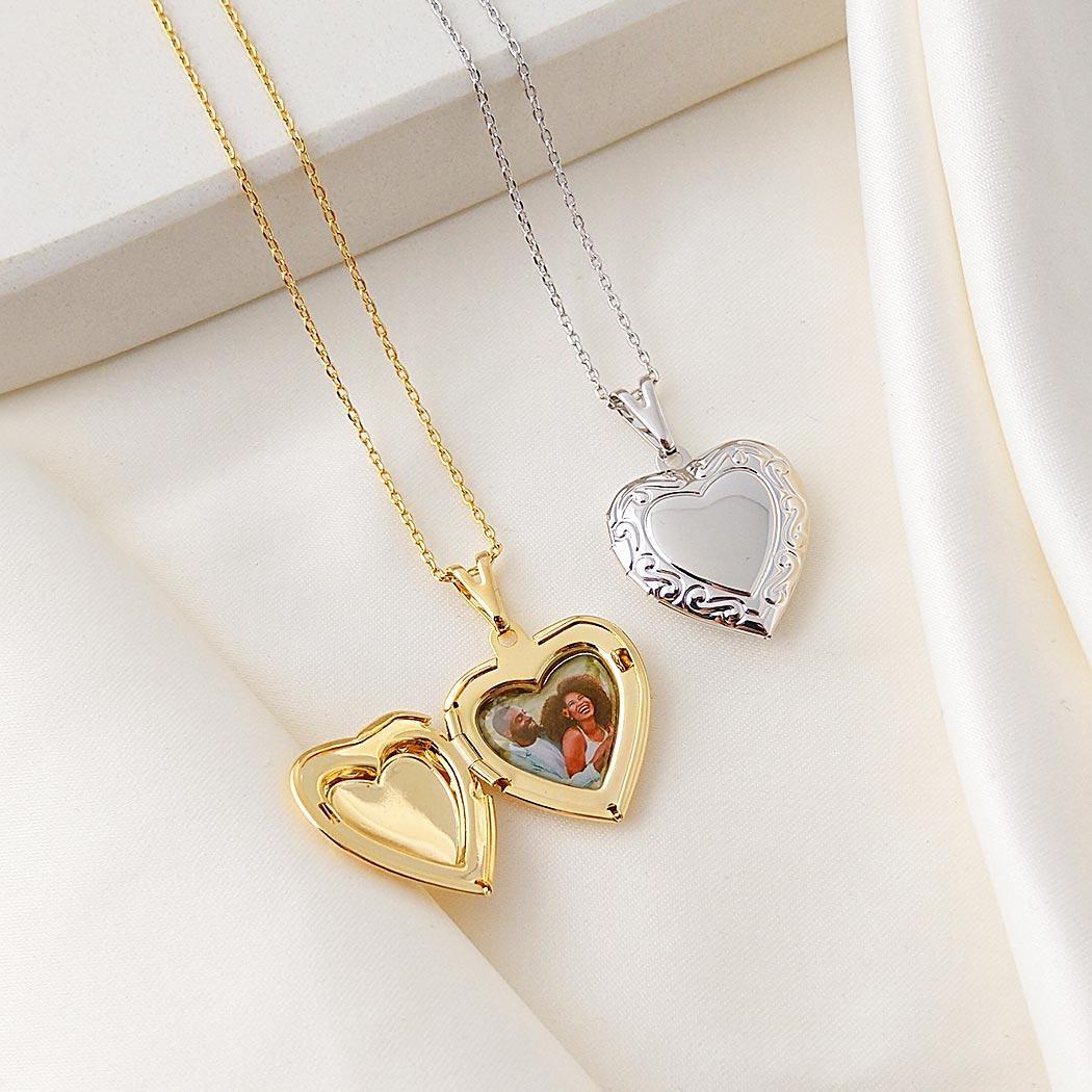 colar relicário foto coração dourado