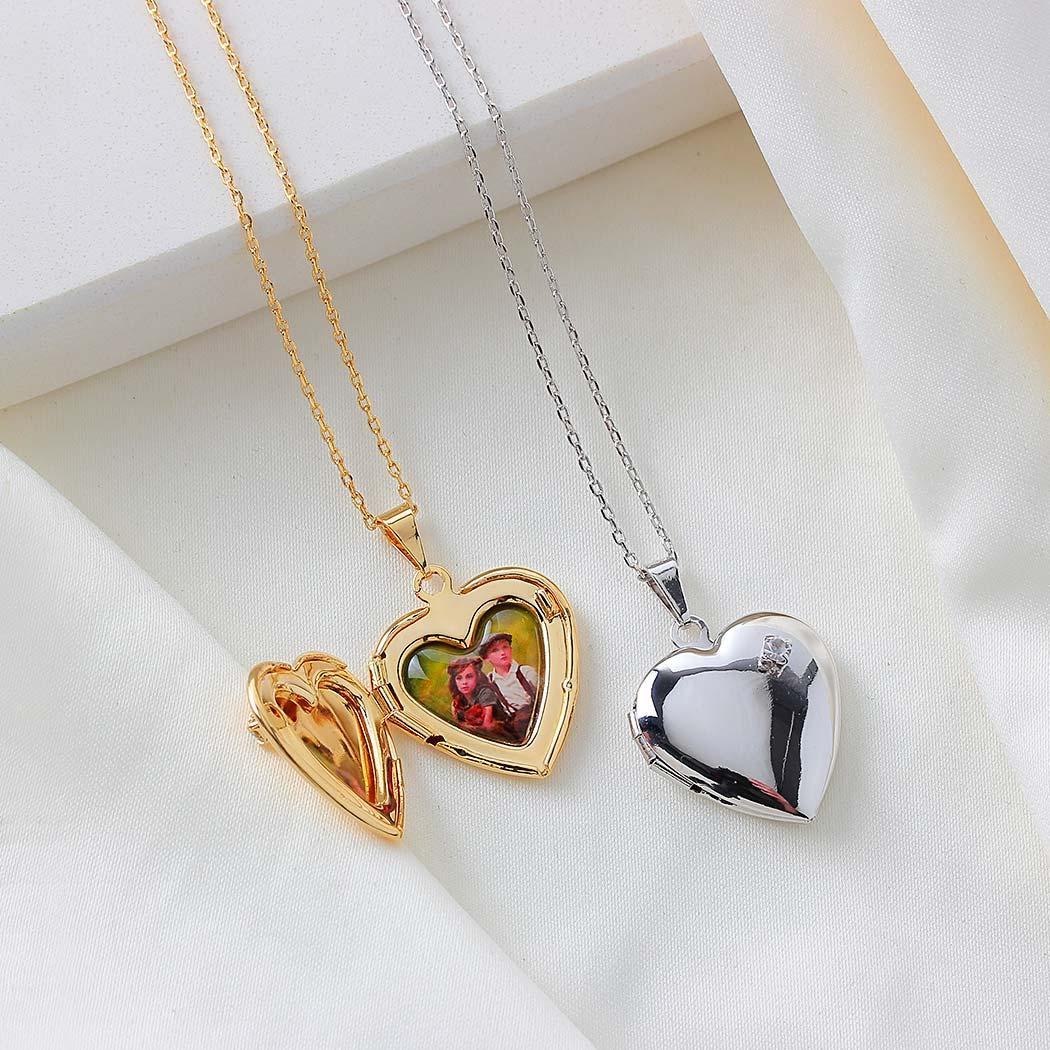 colar relicário foto coração zircônia dourado