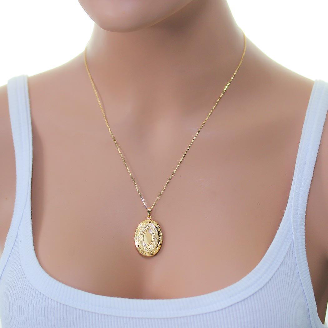 colar relicário foto oval grande brasão dourado