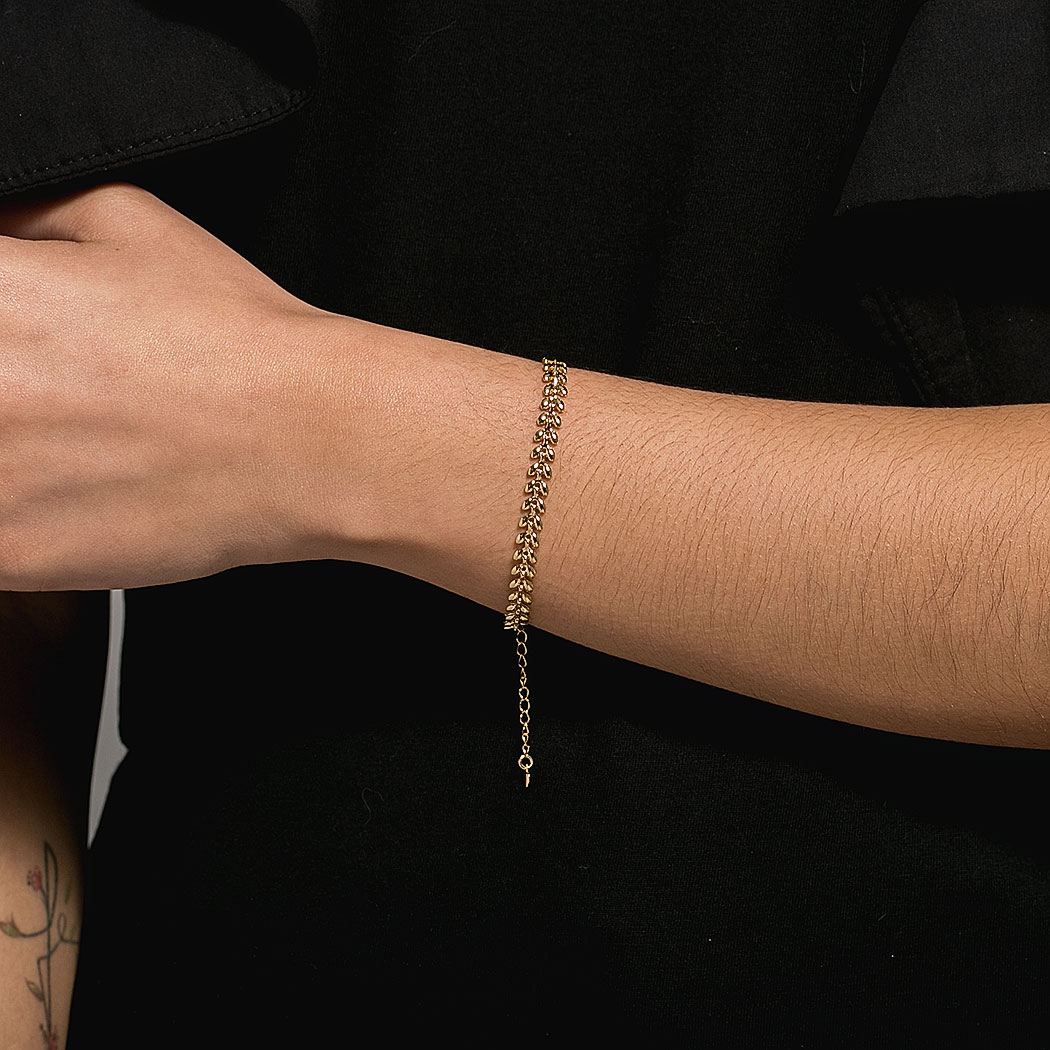 pulseira gotas pétalas dourada
