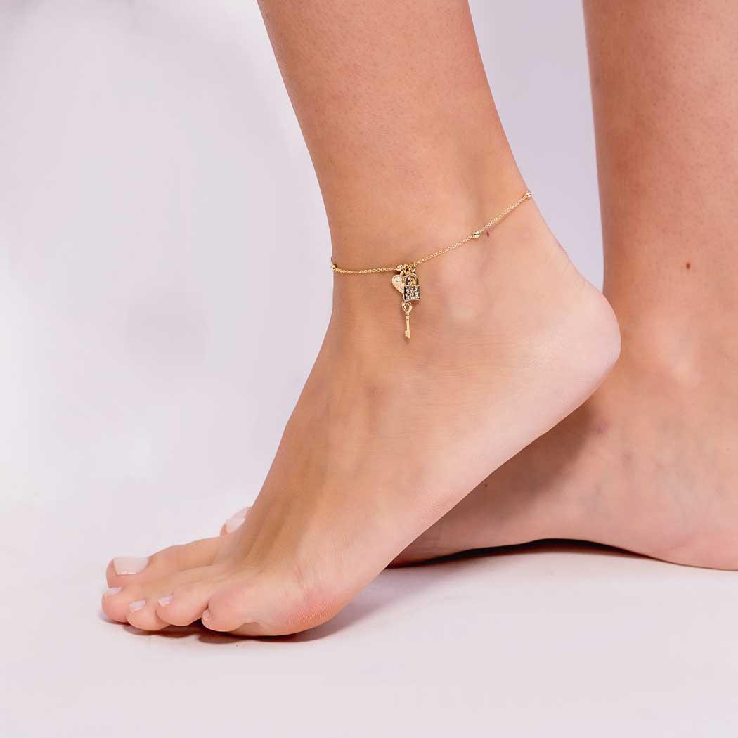 tornozeleira amor chave cadeado dourada