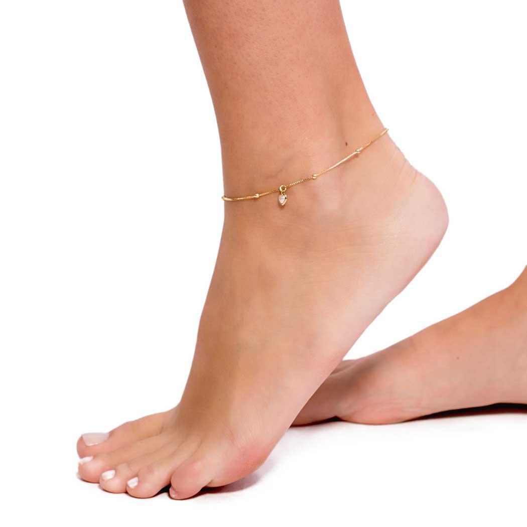tornozeleira coração pérola dourada