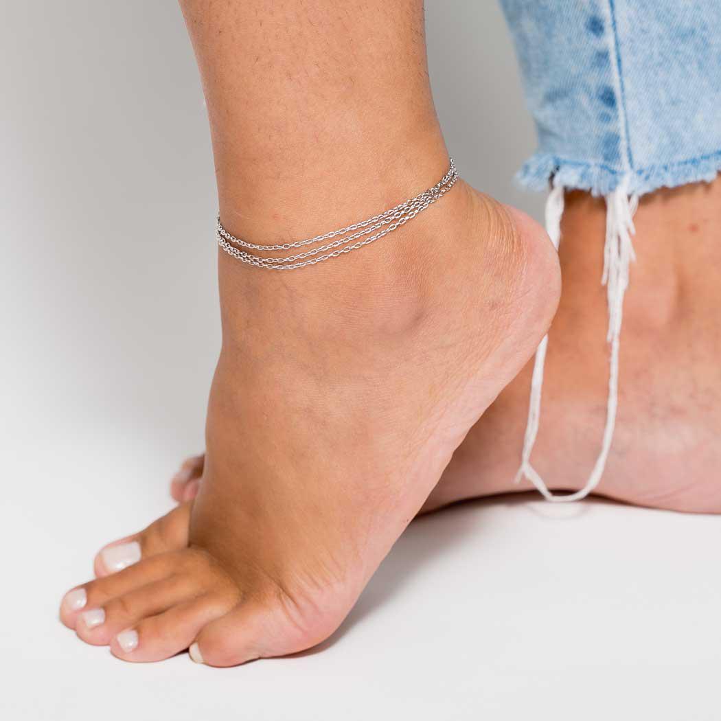 tornozeleira três fios corrente ródio claro