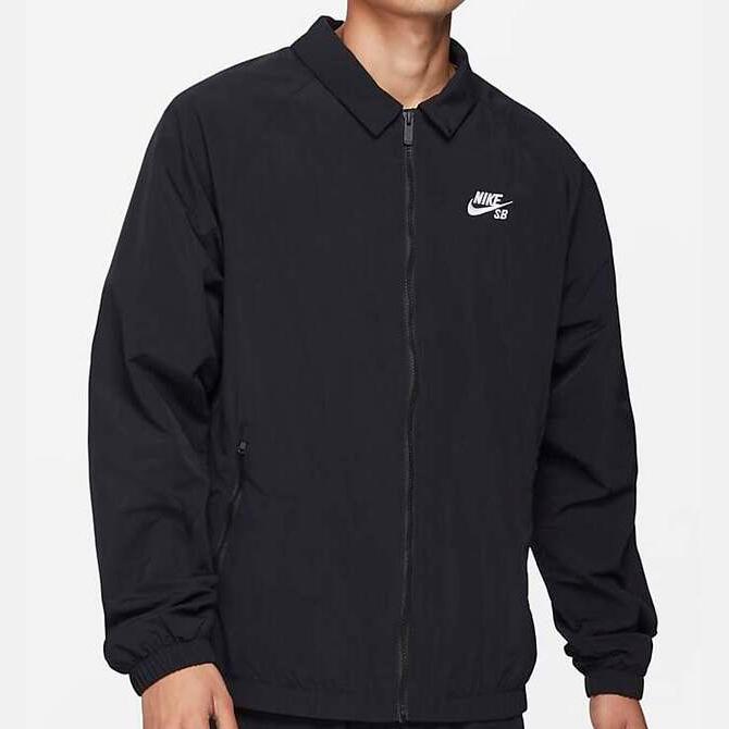 Jaqueta Nike SB Essentials Preta