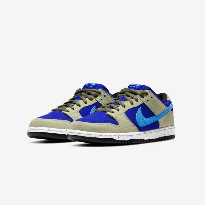 Tênis Nike SB Dunk Low Pro