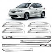 Kit Apliques Cromados Maçanetas e Friso Lateral P/ Toyota Etios 2012 2013 S/ Pisca