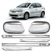 Kit Apliques Cromados Retrovisores e Friso Lateral  P/ Toyota Etios 2012 2013 S/ Pisca
