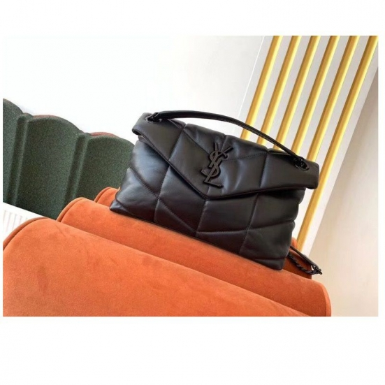 BOLSA YST LOULOU PUFFER IN QUILTED ALL BLACK
