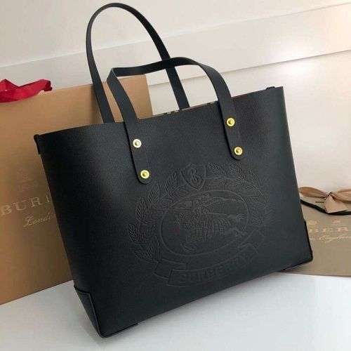 BOLSA BURBERRY EMBOSSED CREST LEATHER TOTE 13134