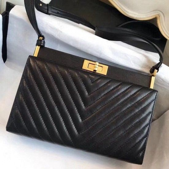 BOLSA CHANEL CHEVRON CALFSKIN REISSUE CLUTCH