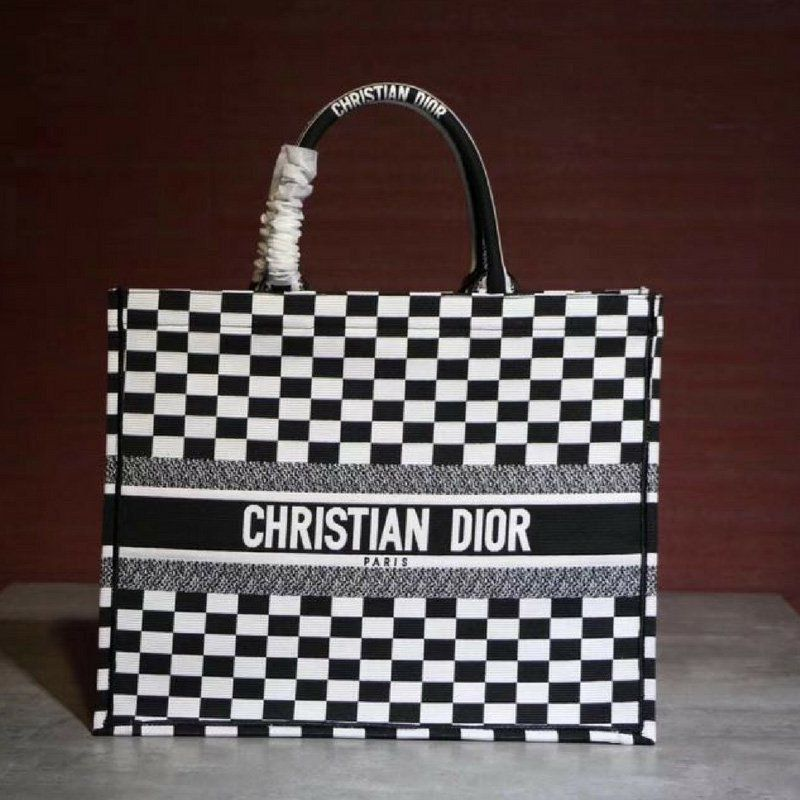 BOLSA DIOR CHECKERED EMBROIDERED CANVAS BOOK TOTE
