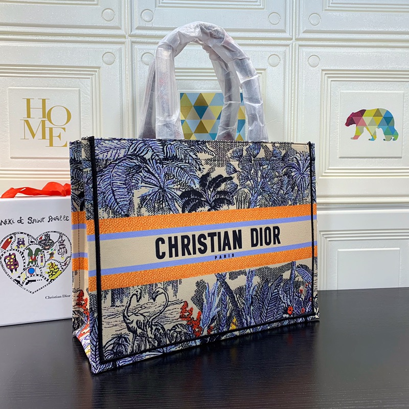 BOLSA DIOR CHECKERED EMBROIDERED CANVAS BOOK TOTE  **OUTLET**