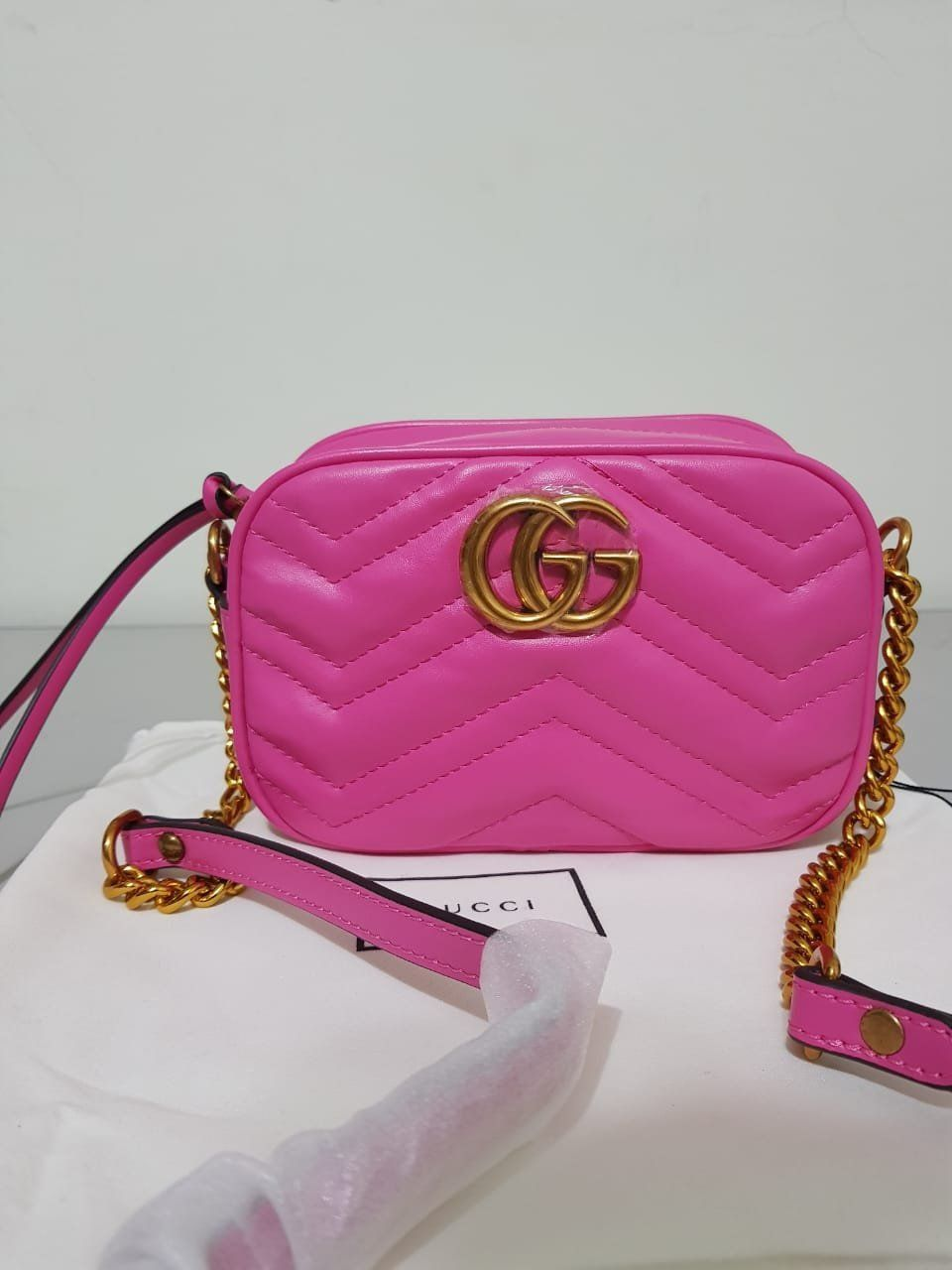 BOLSA GUCCI MARMONT MATELASSE MINI BAG **OUTLET**