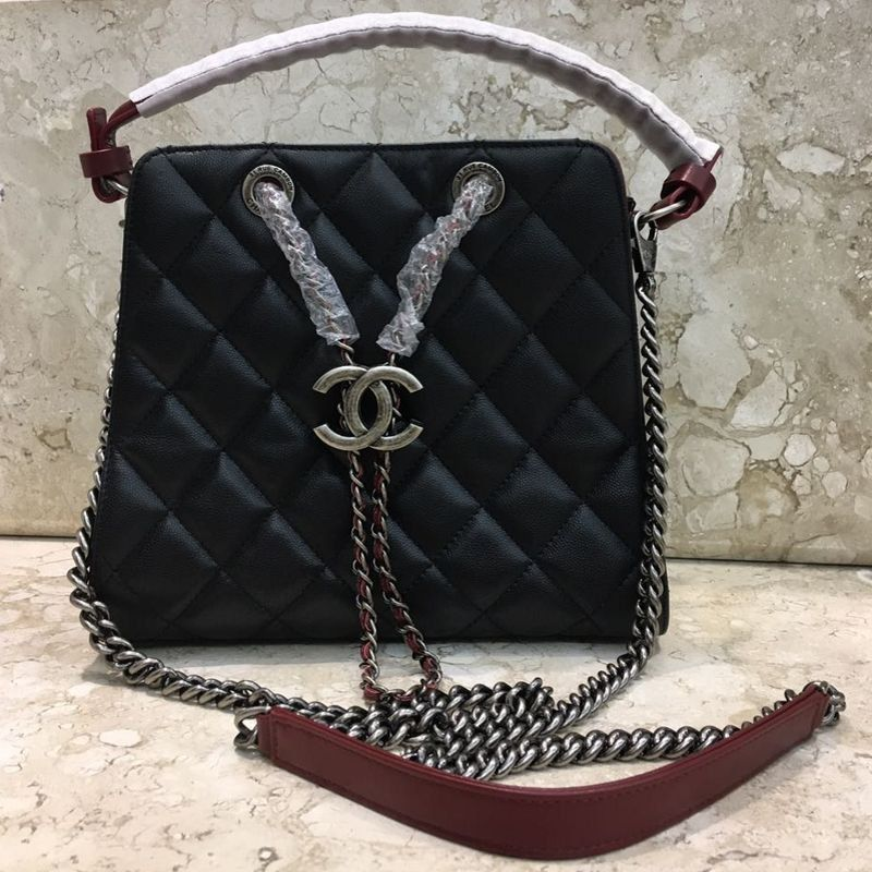 BOLSA CHANEL DRAWSTRING BUCKET TOP HANDLE