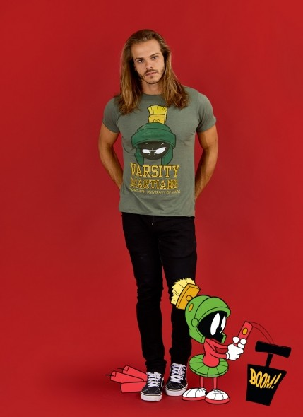 Camiseta Looney Tunes Marvin Varsity Martians
