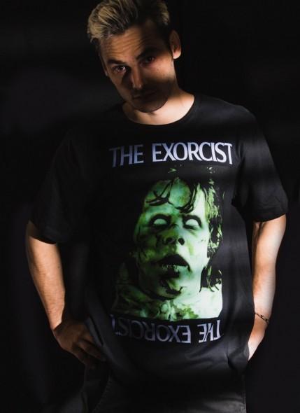 Camiseta O Exorcista Regan MacNeil