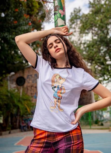 Camiseta Ringer Space Jam Lola Squad