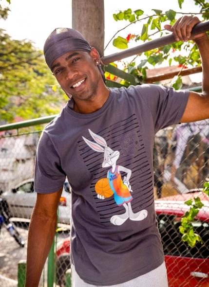 Camiseta Space Jam Pernalonga Listras